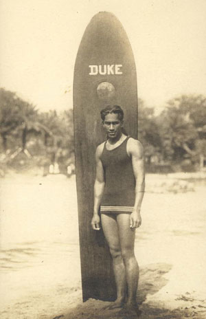 The Duke, Waikiki, around 1912. Photo: State Library of Queensland